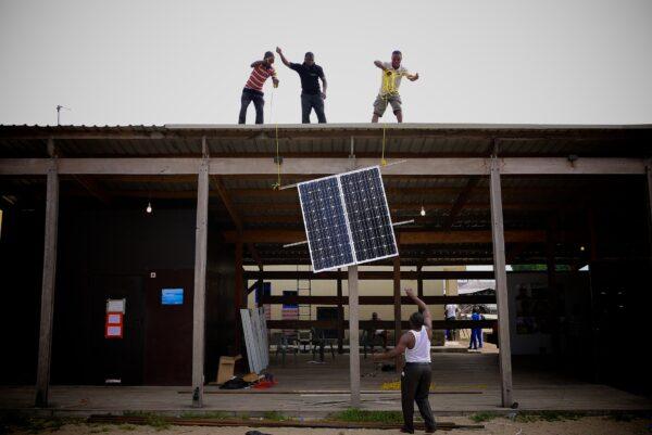 A joint municipal solar energy project has a positive impact on social progress in the informal settlement of Enkanini in Stellenbosch. Photo: Megan King